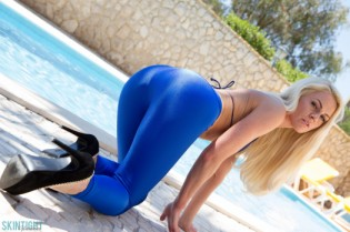 Fergie Blue Leggings
